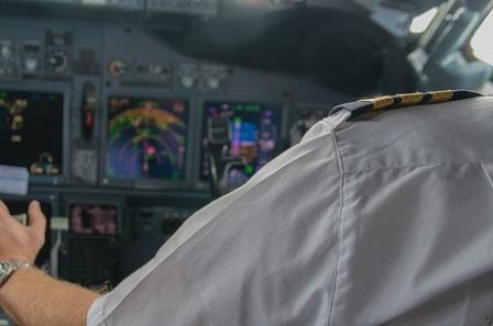 living on auto-pilot vs living mindfully